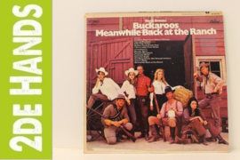 Buck Owens' Buckaroos ‎– Meanwhile Back At The Ranch (LP) C10