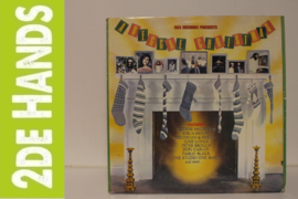 Various - Ras Records Presents: A Reggae Christmas (LP) J20