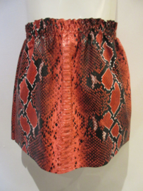 Rok rood imitatie leder slangen print