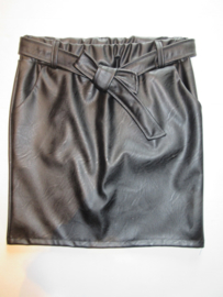 Rok leather look zwart