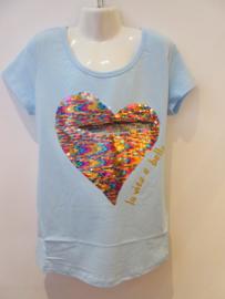 Shirt licht blauw met hart omkeerbare pailetten