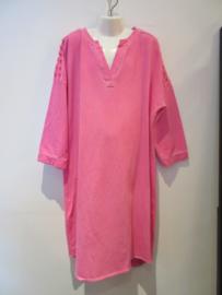 Jurk roze open schouder