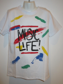 Shirt wit music life
