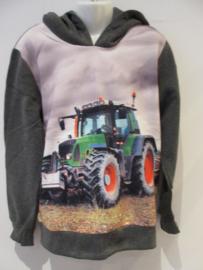 Sweater donker grijs met tractor groen capuchon