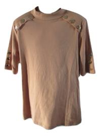 Shirt beige met gouden sierknopen