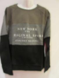 Sweater zwart/groen van J. Mirano