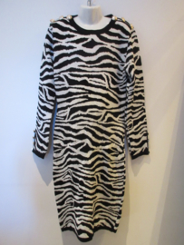 Jurk zebra print zwart/wit gebreid