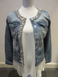 Jeans jas met kralen