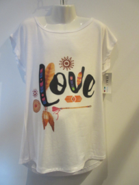 Shirt wit love