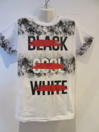 Shirt wit  met tekst black