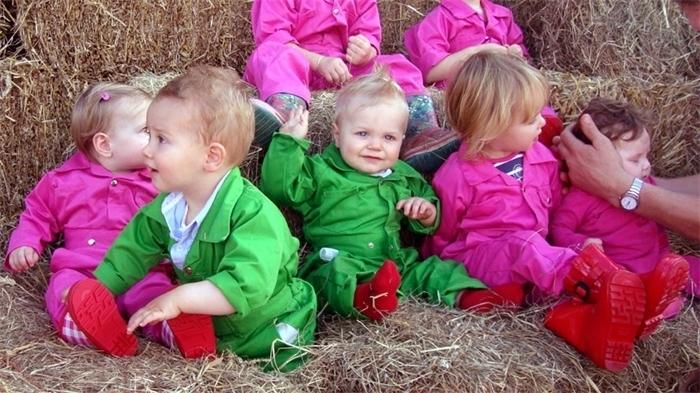 Kinder-overall:  nu met gratis bedrukking van je naam!!