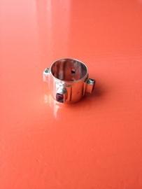 EXCLUSIEF - Zilveren handgemaakte moderne ring met amethyst
