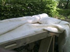 Lijkwade Wit met bamboe en Leicester krullen