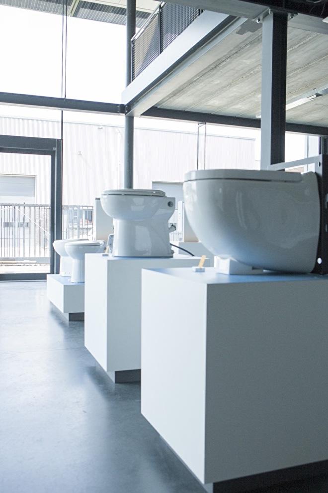 Hang toiletten en vrijstaande toiletten