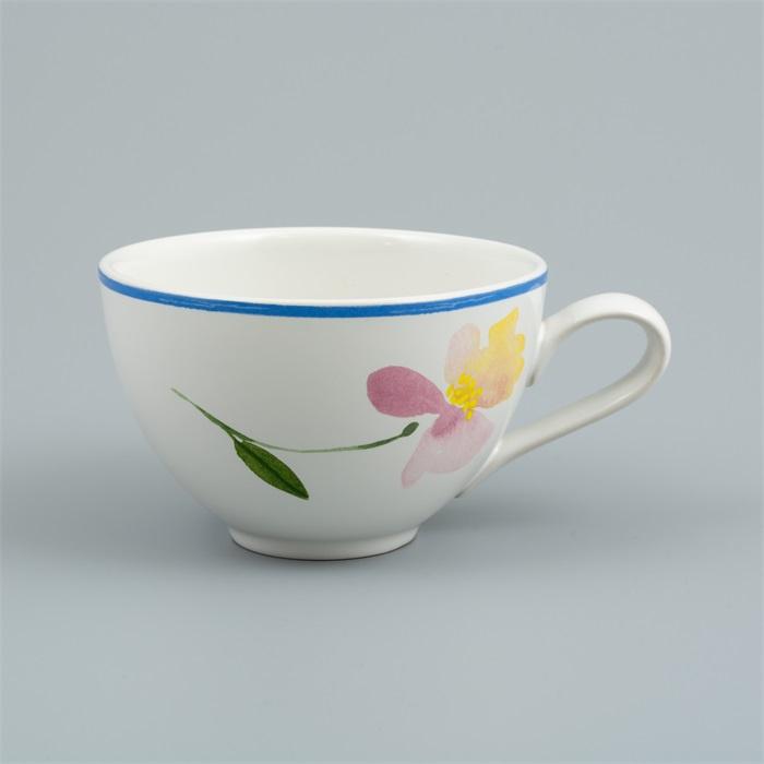 Flora Castle cup Ruby