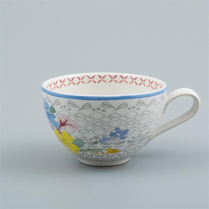 Flora Castle cup Phoebe
