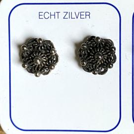 Zilveren oorknoppen Zeeuwse knoop 8 mm geoxideerd