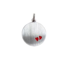 Zilveren graveerplaatje rond met rode hartjes 14 / 16 mm