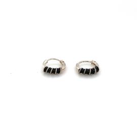 Zilveren creolen 7,5 mm zwart
