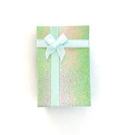Cadeauverpakking: groen schitterend doosje 50 x 800 mm