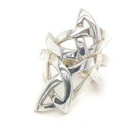 Zilveren ring vrije vorm mt 16,5 x 30 mm