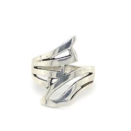 Zilveren ring vrije vorm 17 x 22 mm