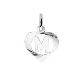 Zilveren bedel hartje met de letter M