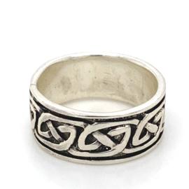 Zilveren ring Keltisch geoxideerd mt 17 x 8,5 mm