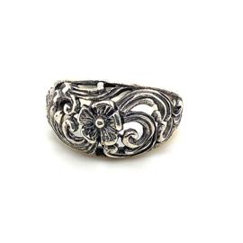 Zilveren ring vrije vorm bloemen 17 - 18,75 x 13 mm