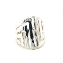 Zilveren ring vrije vorm mt 16,5 - 17 x 21 mm