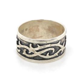 Zilveren ring geoxideerd mt 18 x 10 mm