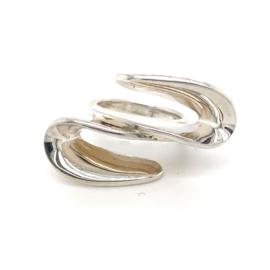Zilveren ring vrije vorm mt 17,75 x 21/36 mm