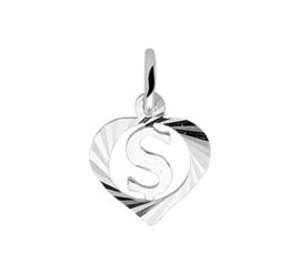 Zilveren bedel hartje met de letter S