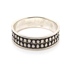 Zilveren ring geoxideerd mt 21 x 7 mm