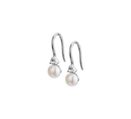Zilveren oorhangers met zoetwaterparel