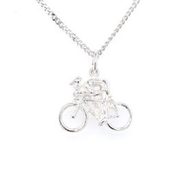 Zilveren bedel racefietser/ wielrenner