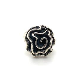 Zilveren ring fantasie geoxideerd mt 16 - 17 x 21 mm