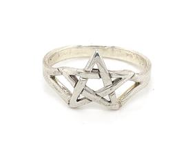Zilveren ring pentagram mt 21,25 x 13 mm