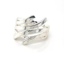 Zilveren ring vrije vorm mt 16,25 - 18,25 x 19 mm