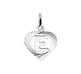 Zilveren bedel hartje met de letter E