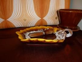 Boterschaaltje Vallauris + mesje