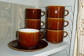 Set bruine tassen