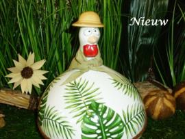 """Grote kip """"Tropical"""" met hoed en sjaal"""