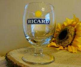 Asai glas Ricard