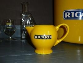 Geel karafje Ricard