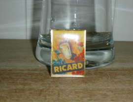 Pin Ricard