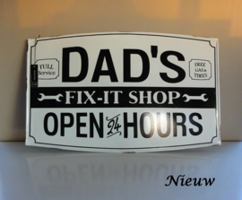 "Bord ""Dad's fix-it shop"""