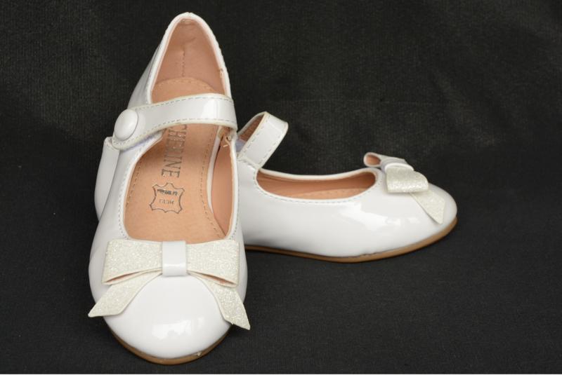 Offwhite ballerina