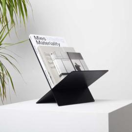Boekenstandaard Metaal | BeaMalevich