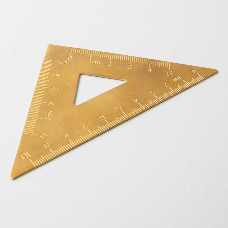 Driehoek Liniaal Messing 14 cm / 45 graden | Izola NYC